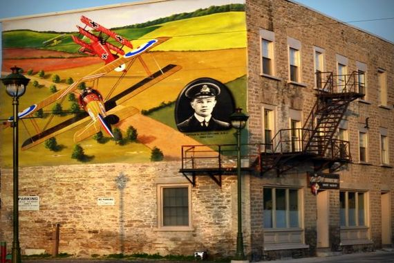 Commerative Mural dedicated to Capt A. Roy Brown