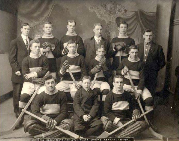 Carleton Place Hockey Team (1912)